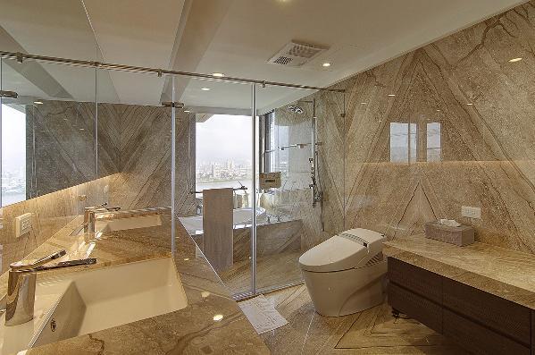 墙纸是新古典主义装饰风格中重要的装饰材料,金银漆、亮粉、金属质感材质的全新引入,为墙纸对空间的装饰提供了更广的发挥空间