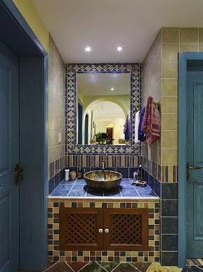 美式 地中海 混搭 二居 收纳 旧房改造 卫生间图片来自沙漠雪雨在90平米美式混搭地中海浪漫婚房的分享