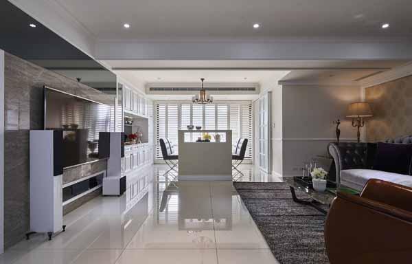 欧式 三居 客厅图片来自上海潮心装潢设计有限公司在126平欧式风格三居室装修样板间的分享