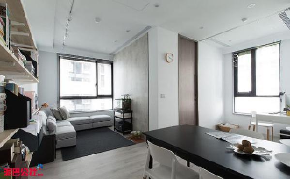 采光最佳处分别安排客厅和书房,厨房则加强灯光照明,每个空间皆能获得充足的光照。