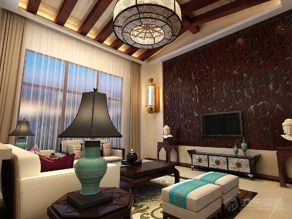 客厅的设计在视觉上体现了稳重及豪华感。家具的风格先得粗犷,但平和而容易接近。