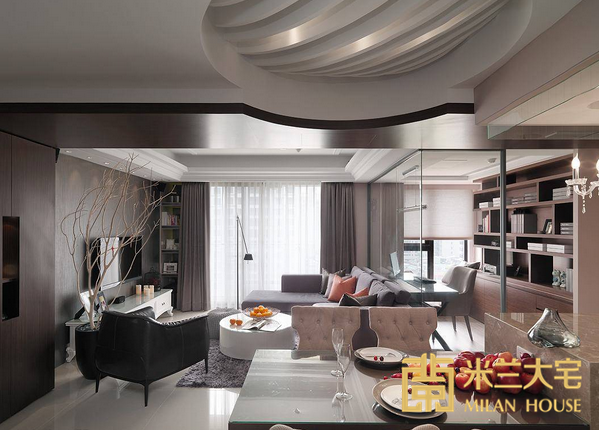 半球体式的天花造型,打破平面与空间界线观点,嵌以灯源层次晕染用餐氛围。