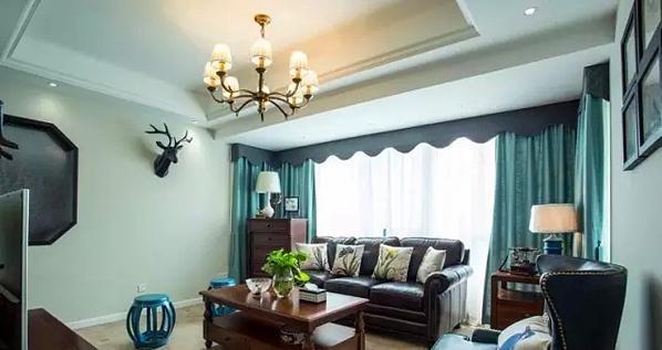 ▲ 非常和谐的色彩,丰富又舒适的客厅空间