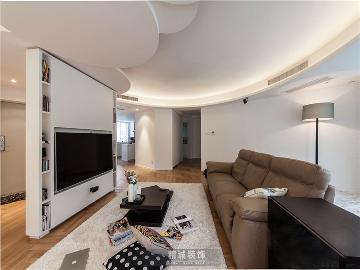 后现代城的125平的三居室