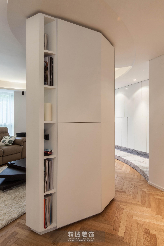 简约 三居 旧房改造 客厅图片来自北京精诚兴业装饰公司在后现代城的125平的三居室的分享