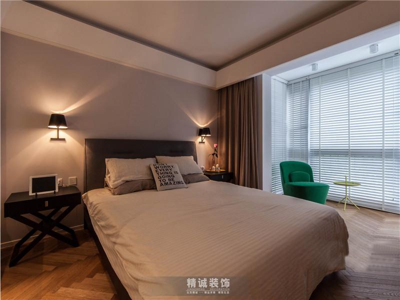 简约 三居 旧房改造 卧室图片来自北京精诚兴业装饰公司在后现代城的125平的三居室的分享