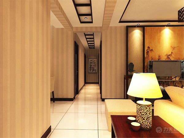 客餐厅整体空间墙面都贴了壁纸,在餐桌上方墙面做了挂扇,体现了中华深厚的文化底蕴。和整体风格相搭配。