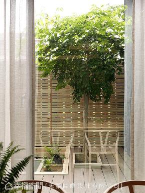 别墅 现代 简约 收纳 阳台图片来自幸福空间在传承世代 展开疗愈的新生活(上)的分享