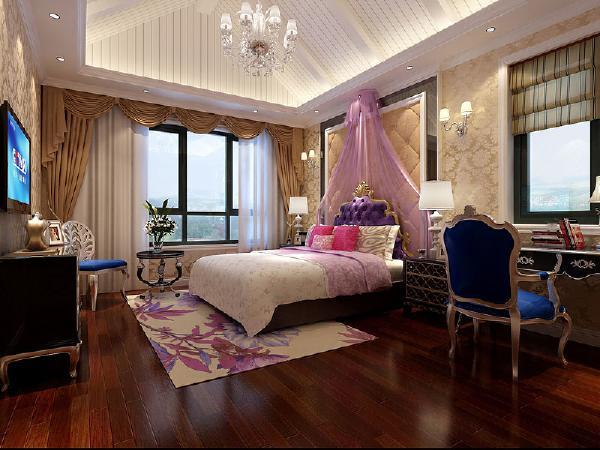 楼上的主卧室是给孩子作为婚房使用的,所以整个房间的色调是以浪漫的紫色,就仿佛盛开的海棠花,每一处角落里都充满的幸福的味道。