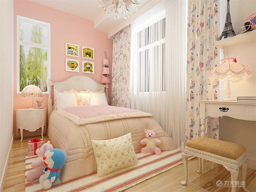 三居 混搭 现代 收纳 小资 床 床头柜 壁纸 卧室图片来自阳光放扉er在力天装饰- 枫蓝国际140㎡的分享