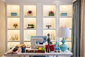 欧式 三居 白领 收纳 旧房改造 80后 小资 舒适 温馨 客厅图片来自fy1831303388在锦华苑欧式的分享
