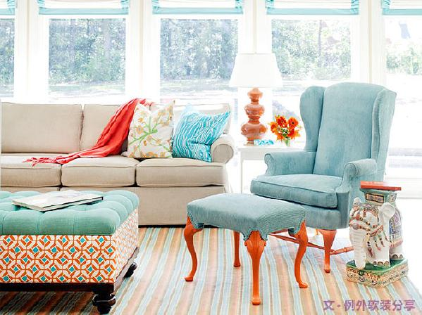 1、家具、家居用品   家居软装设计中,色彩直接影响家居风格。如果你喜欢极简,那么黑白就能轻松打造这种氛围,如果你倾向于热闹又不浮夸的风格,那么清新的马卡龙色是不二选择。