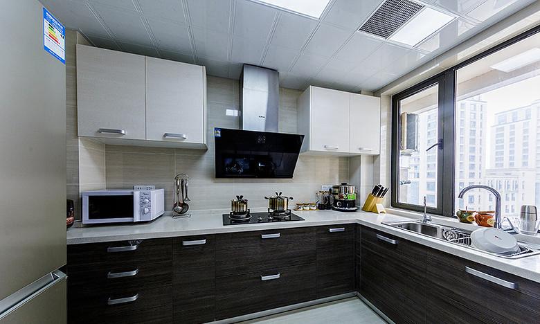 简约 三居 厨房图片来自一道伍禾装饰在领秀慧谷原木清新风设计的分享