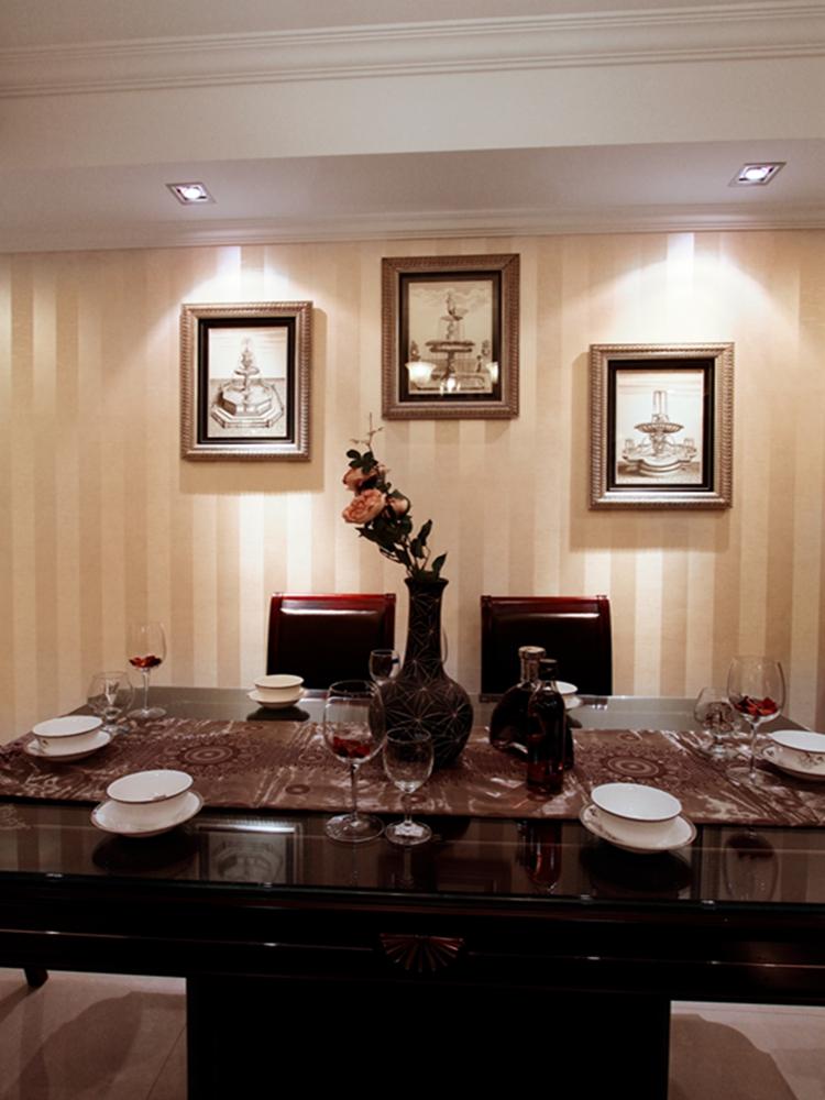 简约 欧式 三居 小资 80后 白领 餐厅图片来自天津实创装饰赵在浮华淡尽旺海公府的分享