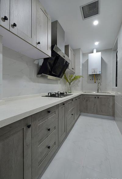 厨房图片来自家装大管家在舒服有格调 87平简约清新时尚居的分享
