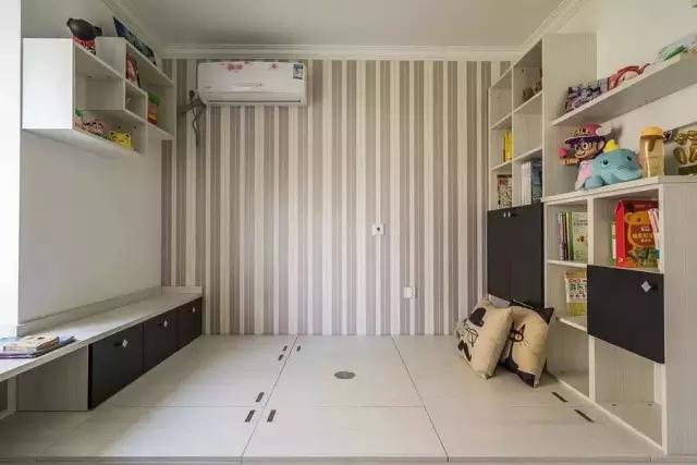 简约 田园 二居 混搭 欧式 三居 别墅 白领 收纳 书房图片来自上海实创-装修设计效果图在松江九亭125平米现代简约风格的分享