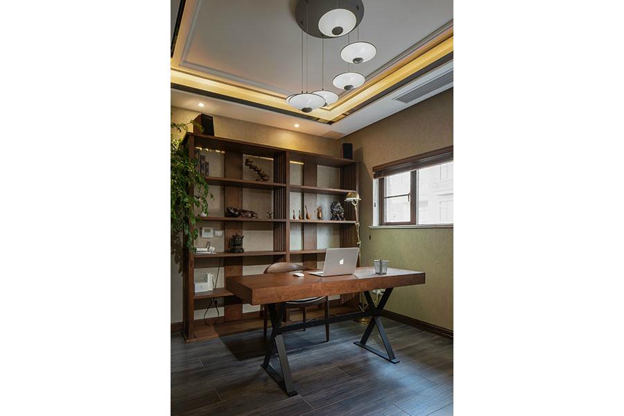 简约 别墅 白领 收纳 旧房改造 80后 小资 舒适 温馨 书房图片来自fy1831303388在远大林语城的分享