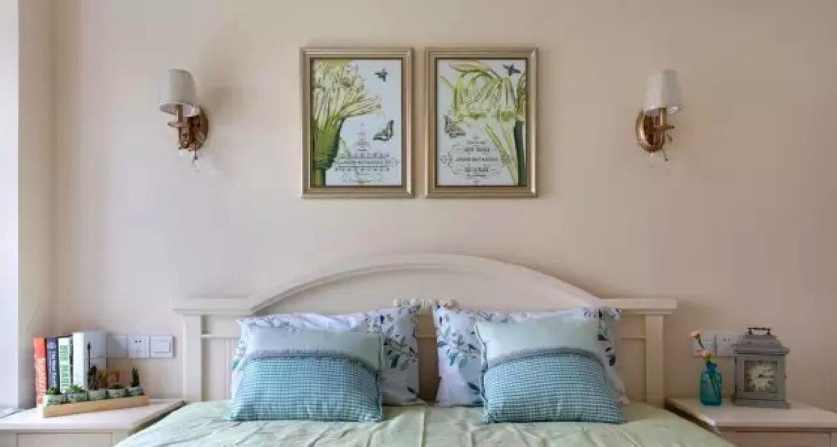 ▲ 清新淡雅的色彩,搭配线条简约的家具,轻松又细腻的空间