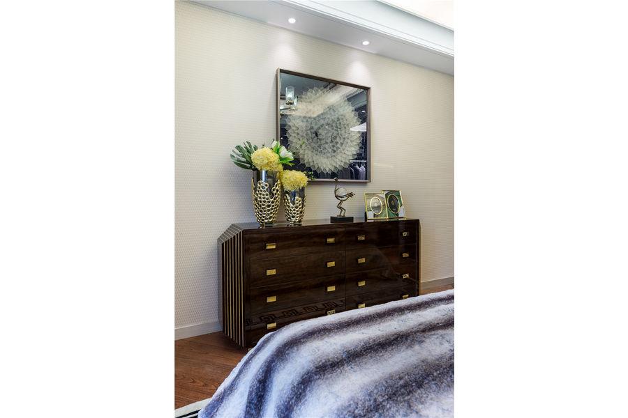 三居 白领 收纳 旧房改造 80后 小资 舒适 温馨 高富帅 卧室图片来自fy1831303388在丽景港的分享