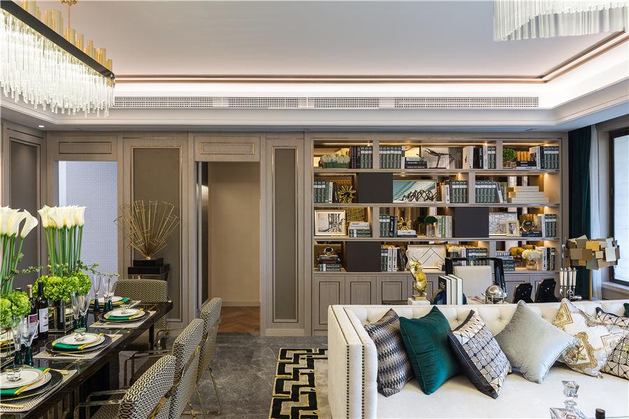 三居 白领 收纳 旧房改造 80后 小资 舒适 温馨 高富帅 客厅图片来自fy1831303388在丽景港的分享