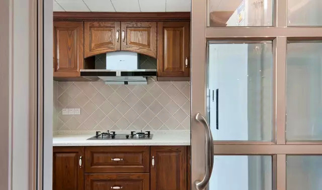 K2 玉兰湾 美式 装修 设计 三居 厨房图片来自高度国际装饰宋增会在玉兰湾134㎡灵动美式 风格的分享