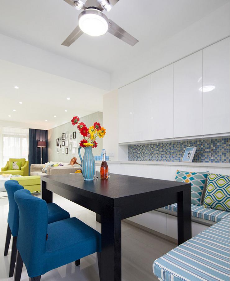 简约 三居 餐厅图片来自西安紫苹果装饰工程有限公司在智慧新城1的分享