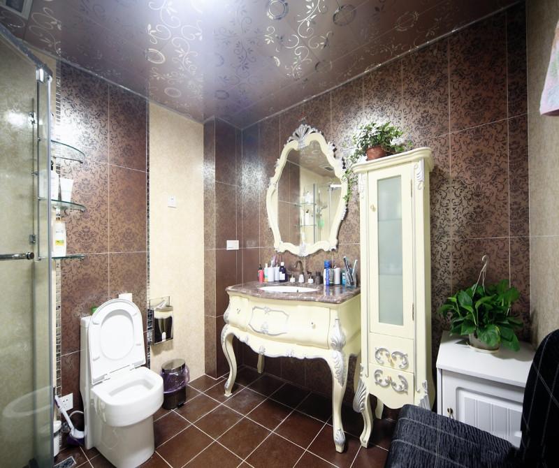 简约 混搭 三居 白领 80后 小资 卫生间图片来自成都V2装饰在空间的温情与善意的分享