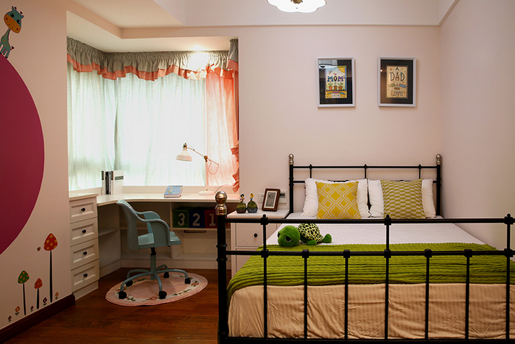 三居 卧室图片来自西安紫苹果装饰工程有限公司在西沣公元1的分享