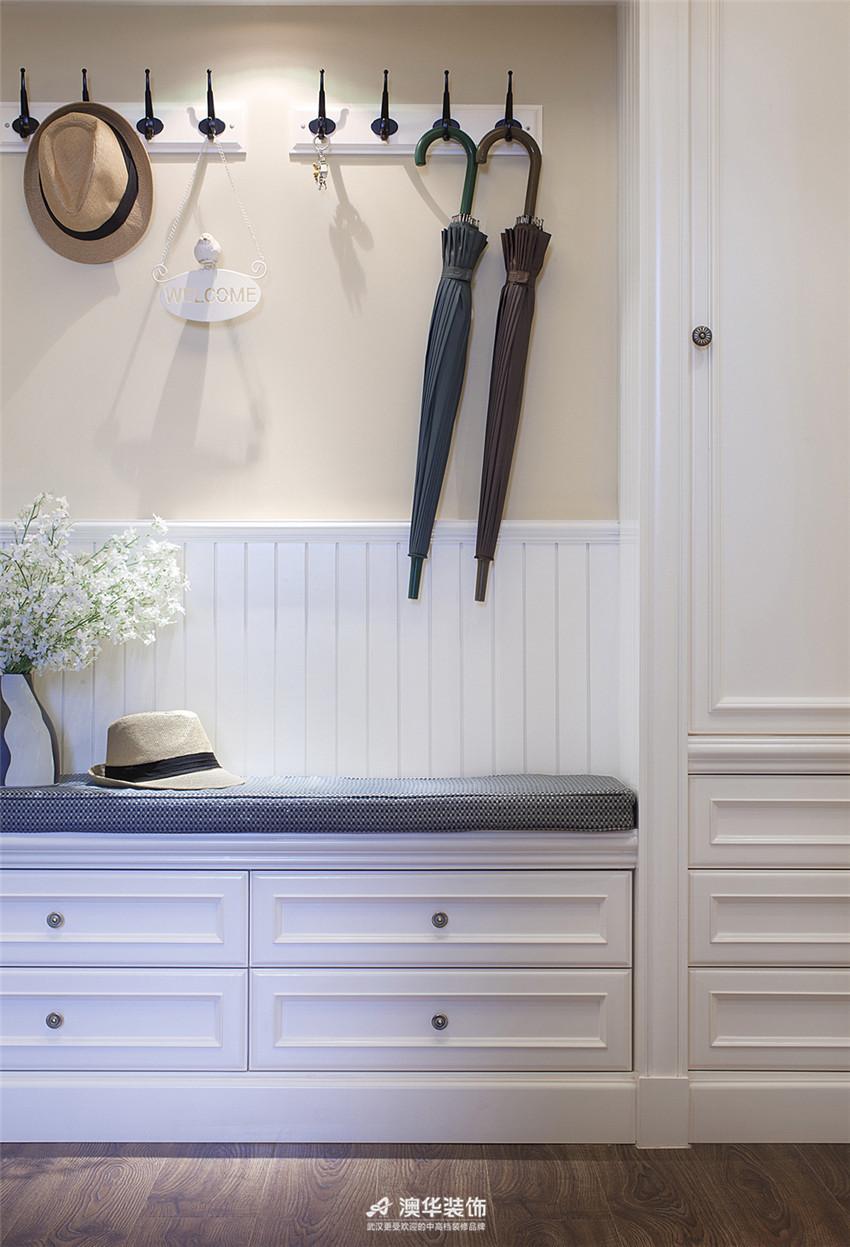 玄关图片来自澳华装饰有限公司在金地圣爱米伦·时尚简欧 精致生活的分享