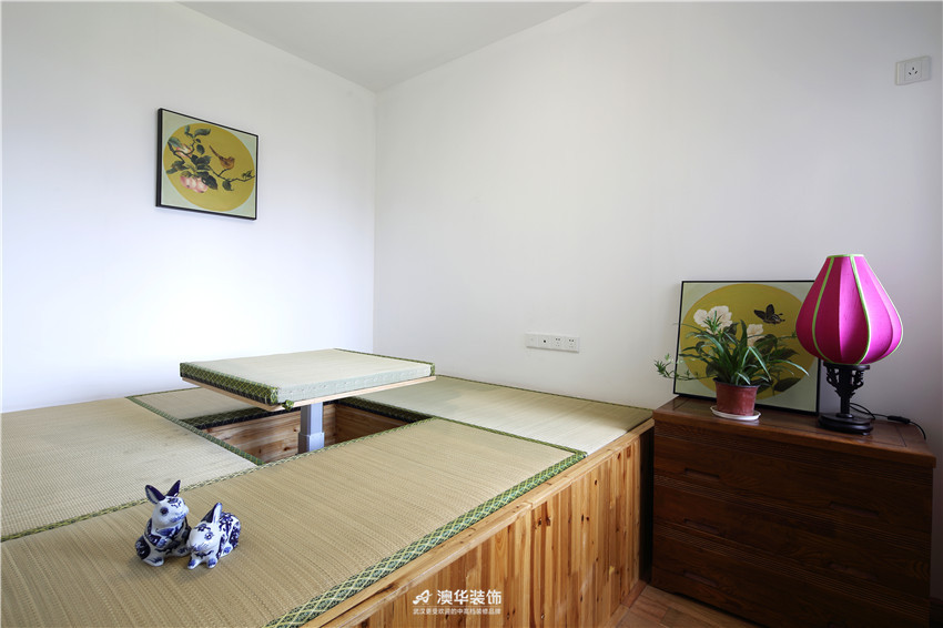中式 二居 书房图片来自澳华装饰有限公司在华润中央公园· 新中式风韵的分享