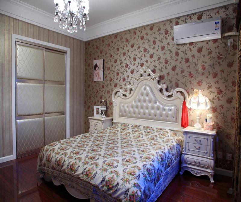 简约 混搭 三居 白领 80后 小资 卧室图片来自成都V2装饰在空间的温情与善意的分享