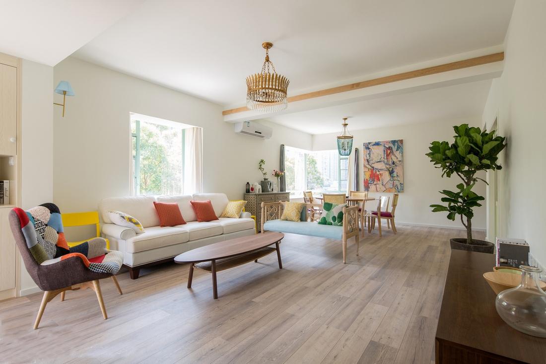 客厅图片来自广州泥巴公社装饰小方在简欧的分享