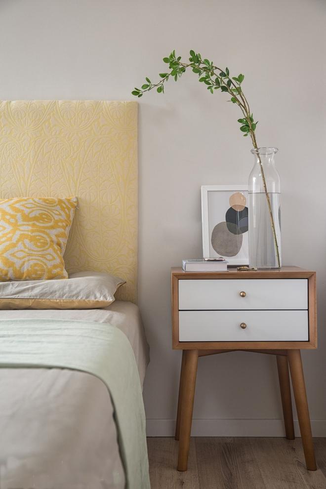 卧室图片来自广州泥巴公社装饰小方在简欧的分享