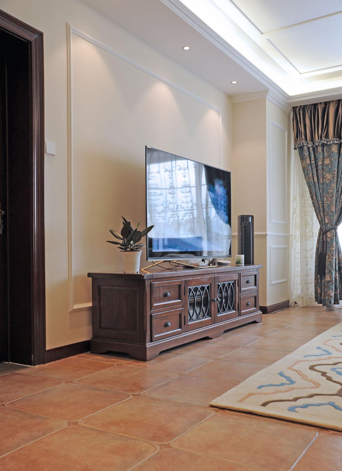 三居 美式 客厅图片来自徐春龙设计师在美丽传说的分享