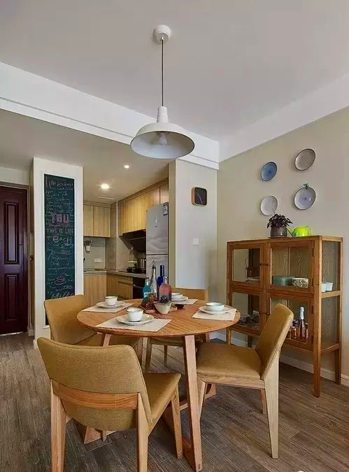 二居 混搭 两居 红杉 装修 设计 餐厅图片来自高度国际装饰宋增会在红杉一品83㎡文艺混搭的分享
