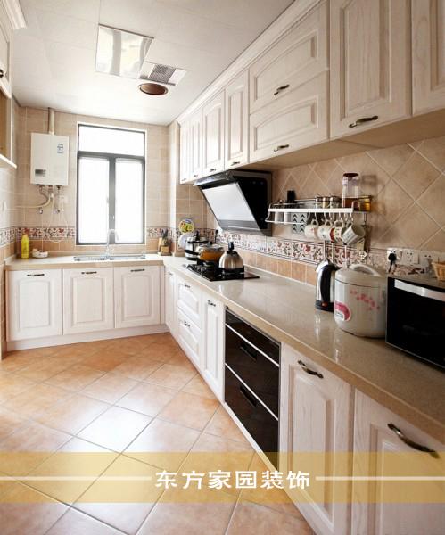 三居 收纳 简约图片来自青岛东方家园装饰小王在保利叶公馆132平简约风格装修图的分享
