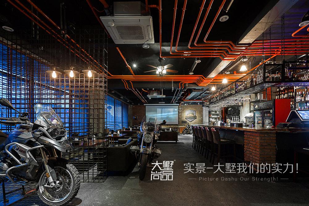 工业风 客厅图片来自大墅尚品-由伟壮设计在工业风俱乐部·骑士的机车人生的分享