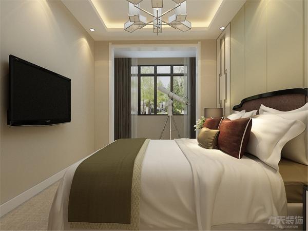 卧室的采光非常不错,搭配通铺地毯,让整个空间显得非常舒服。让人们可以在忙碌的工作和紧张的生活之后,可以得到很好的休息。卧室同样配备了比较高端的天文望远镜,品味更上一层。
