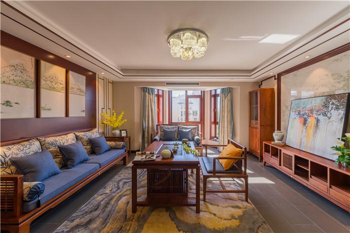 客厅图片来自JingYiPrize人居空间设计大赛在胡天诚-凯兴天宝公寓的分享
