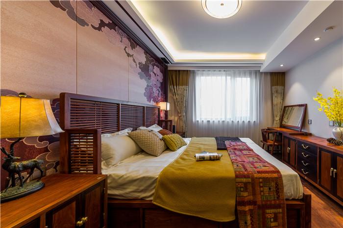 卧室图片来自JingYiPrize人居空间设计大赛在胡天诚-凯兴天宝公寓的分享