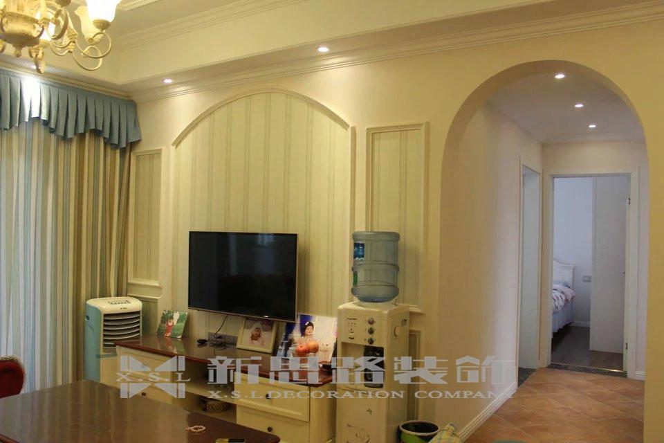 地中海 三室 温馨 风格 设计 家装 80后 客厅图片来自新思路装饰客服在融创伊顿豪庭的分享