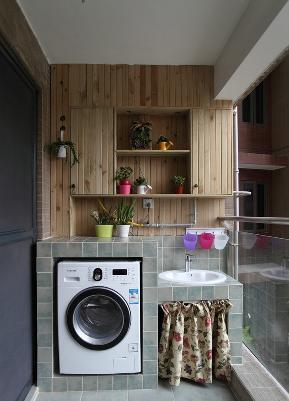 现代 二居 80后 阳台图片来自成都丰立装饰工程公司在惬意美式休闲风两居室的分享