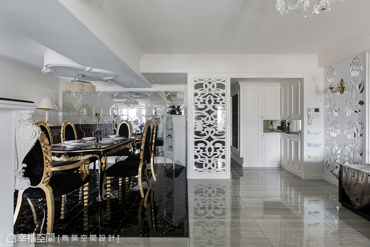 古典 简约 三居 收纳 餐厅图片来自幸福空间在古典奢华美学 谱写四季宫廷乐章的分享