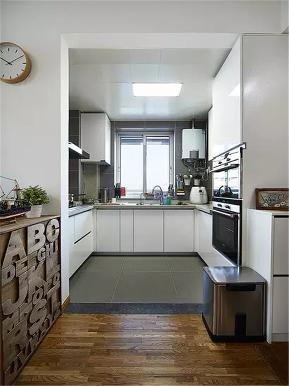 北欧 原木 二居 白领 收纳 小资 厨房图片来自沙漠雪雨在90平米清新北欧原木风小两居的分享