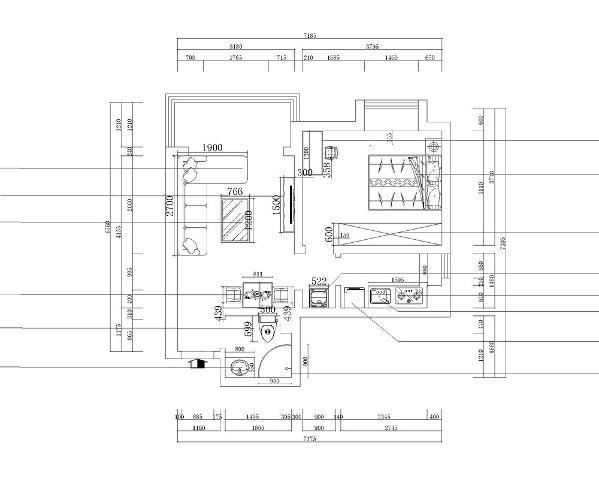 客厅与餐厅是整个在一个空间的格局。进入业主家,一个玄关鞋柜,给人大方的感觉。因为空间比较狭小,所以整体采用比较亮的色调