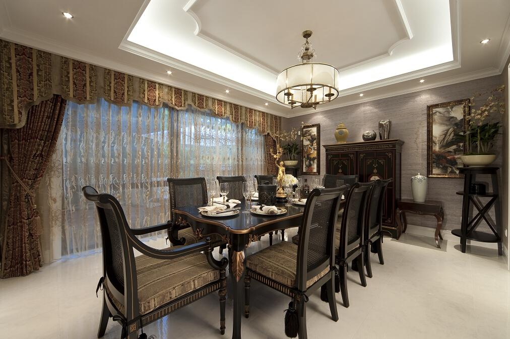 简约 别墅 三居 白领 收纳 旧房改造 80后 小资 餐厅图片来自北京紫禁尚品国际装饰kangshuai在北京保利海德公园新古典风格的分享