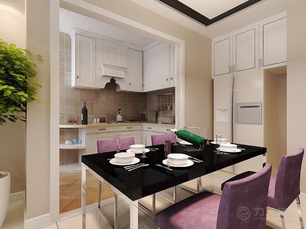 餐厅是家居生活的心脏,不仅要美观,更重要的实用性,餐桌椅运用了时尚而简洁的造型,整体性。紫色的餐椅使整个居家环境倍感时尚,是整个空间的亮点。入户门处的挂钩、镜子和柜子都具有完整的实用性。