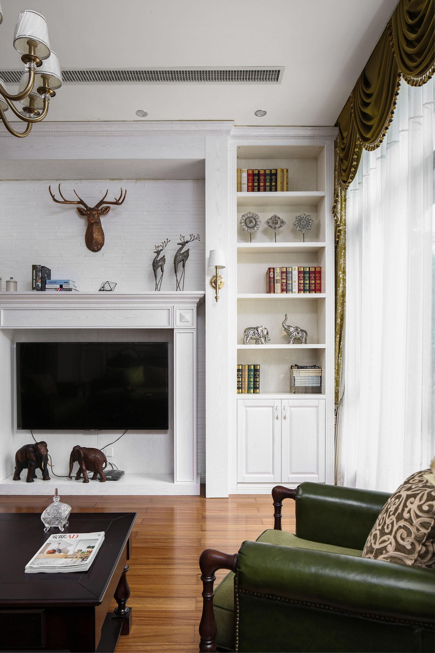 简约 别墅 白领 旧房改造 80后 收纳 客厅图片来自周晓安在晓安设计|转身之后的分享