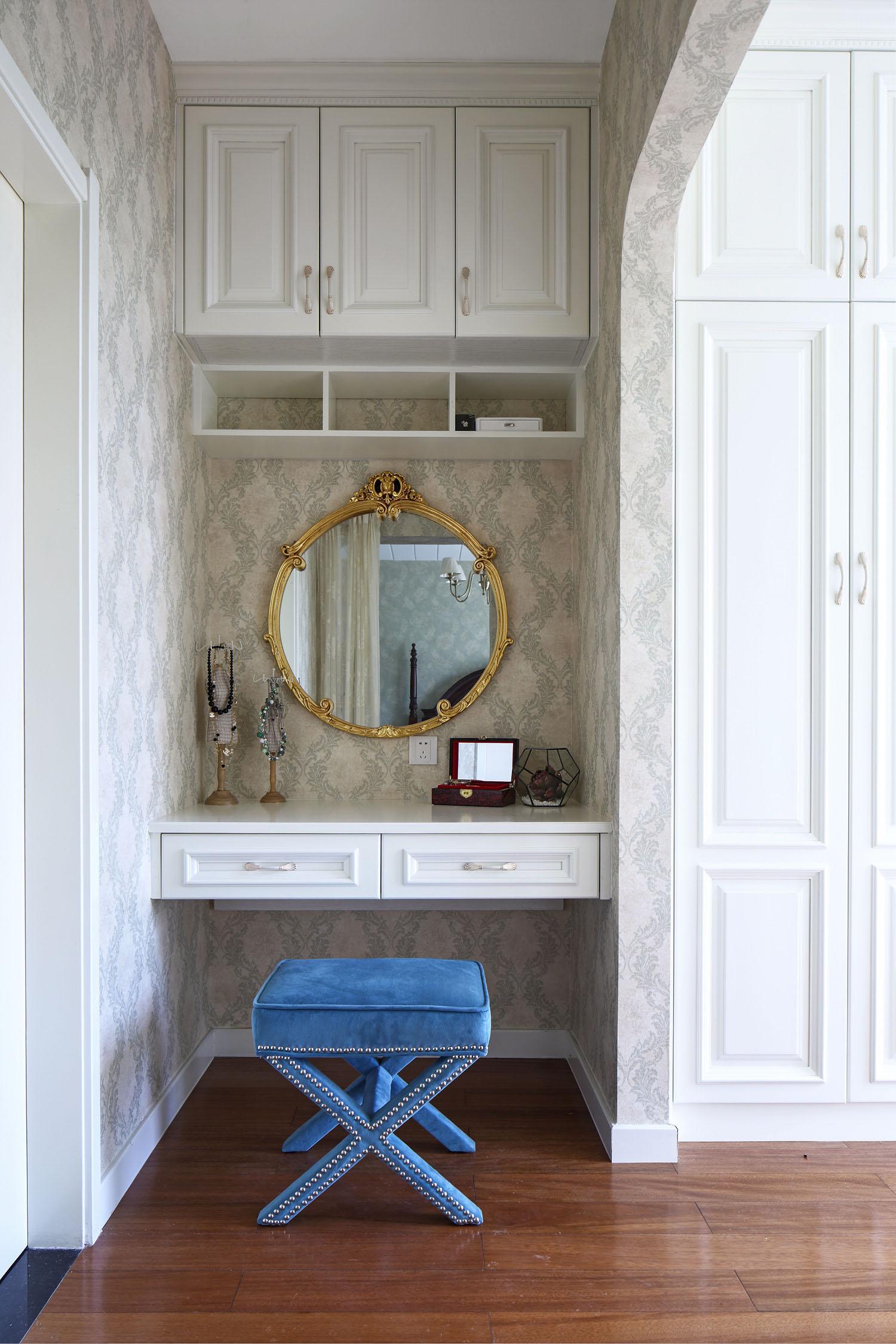 简约 别墅 白领 旧房改造 80后 收纳 衣帽间图片来自周晓安在晓安设计 转身之后的分享