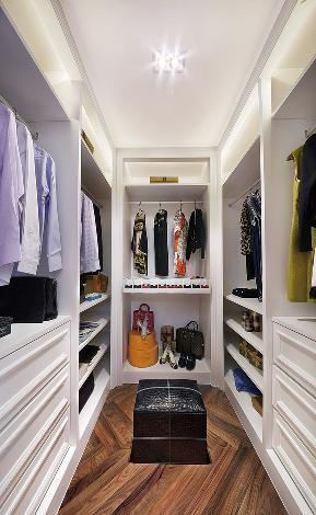 四居 美式 白领 小资 衣帽间图片来自九鼎建筑装饰工程有限公司成都分在戛纳里城的分享